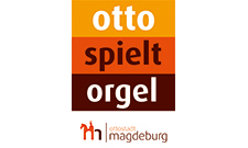 Otto spielt Orgel
